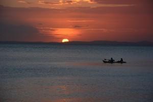 Sonnenuntergang: bald Tanker statt Kayaks