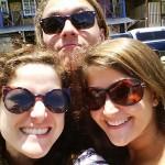 Gruppenbild mit Sonne: Lisa, ER, SIE (v.l.n.r.)