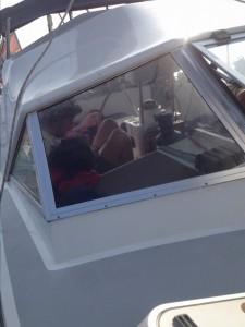 Auch im Cockpit wird geratzt
